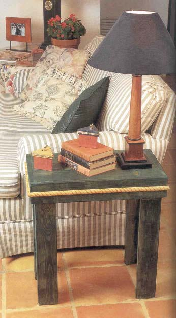 Simple End Table, Wood Furniture Plans, IMMEDIATE DOWNLOAD