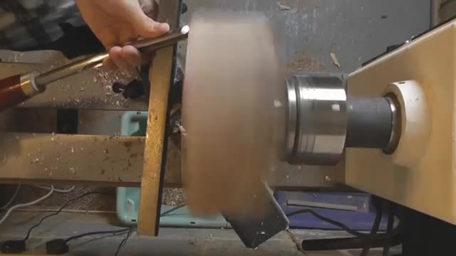 wood turning video snaps