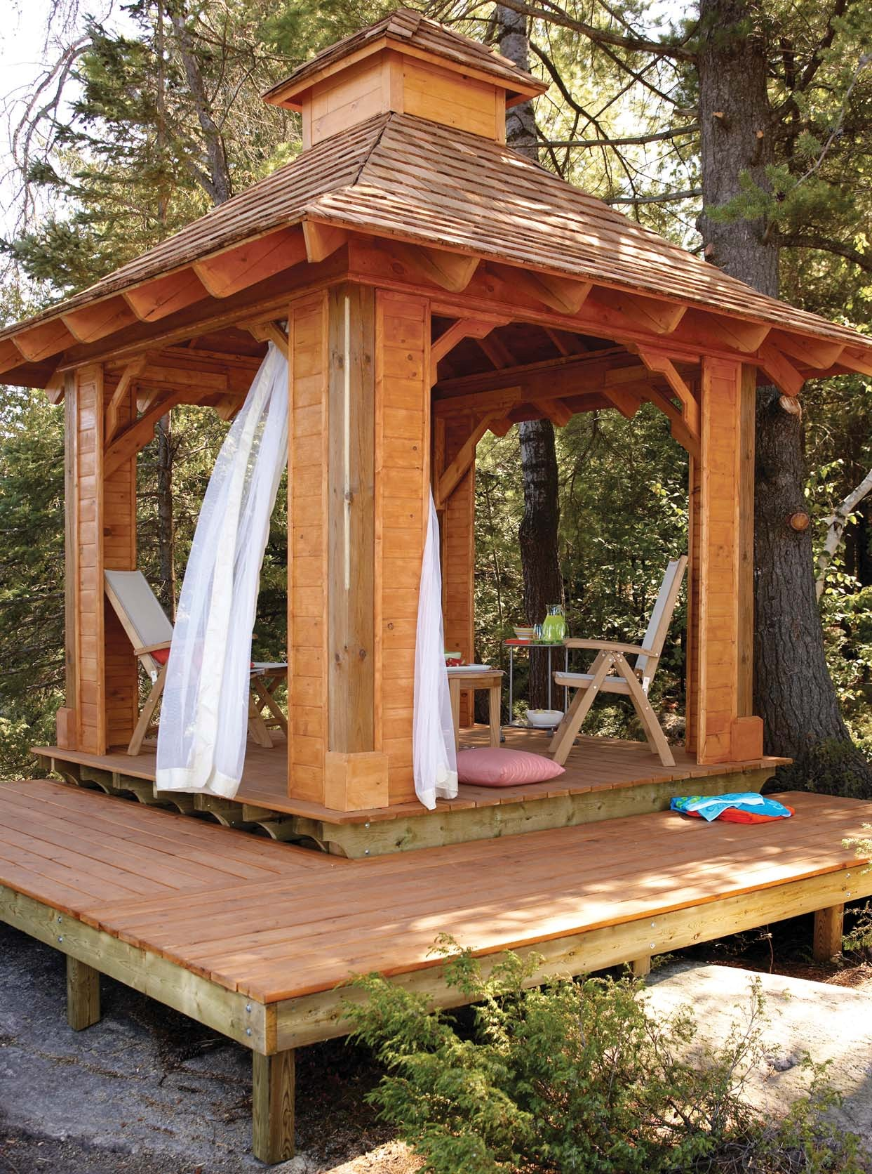 Bench wood here a free woodworking plans gazebo for Gazebo house plans