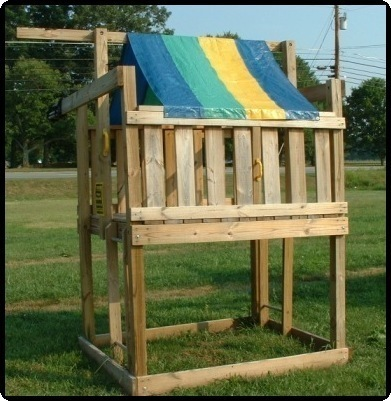 Backyard beginners fort swing set jungle playhouse wood for Wooden jungle gym plans